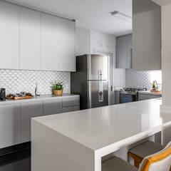 Kitchen units by DH MÁRMORES, Classic Quartz