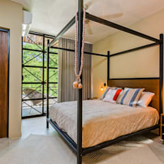 Small bedroom by UNO DOS INTERIORES, Eclectic