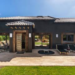 Moradia de luxo na Aldeia de Juzo, Cascais Casas ecléticas por ImofoCCo - Fotografia Imobiliária Eclético