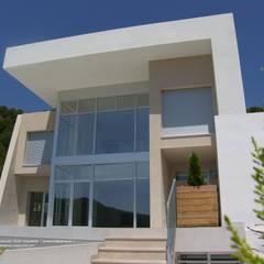 فيلا تنفيذ DYOV STUDIO Arquitectura, Interiorismo  José Sánchez Vélez  653 77 38 06, بحر أبيض متوسط حجر الكلس
