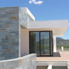 فيلا تنفيذ DYOV STUDIO Arquitectura, Interiorismo  José Sánchez Vélez  653 77 38 06, بحر أبيض متوسط حجر