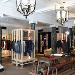 Belstaff Flagship Store Classic commercial spaces by Collier Webb Classic Metal