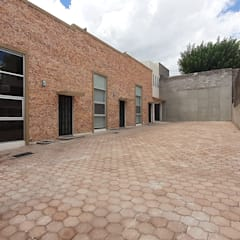 Terrace house by DEPROBIMSA, Industrial