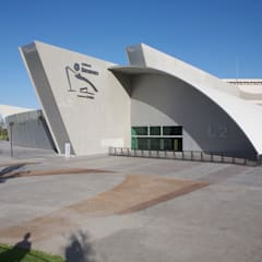 Exhibition centres توسطIAARQ (Ibarra Aragón Arquitectura SC), مدرن