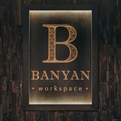 Banyan Workspace Classic offices & stores by S.Lo Studio Classic Wood Wood effect