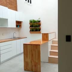 Casa AFt de Singular Arquitectura Escandinavo