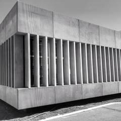 Stadiums oleh RÖ | ARQUITECTOS, Minimalis Beton