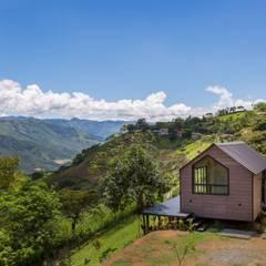 PROTOTIPO EXTEND _ Viviendas Refugio: Casas de estilo  por @tresarquitectos, Moderno