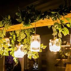 Bares y Clubs de estilo  por Fark Arquitetura e Design, Industrial Compuestos de madera y plástico