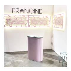 Stand Feria Puro Diseño : Salas de eventos de estilo  por La Fée,Moderno
