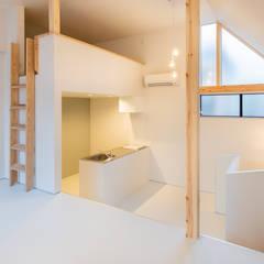 GELANDE: 一級建築士事務所オブデザインが手掛けた小さなキッチンです。,モダン