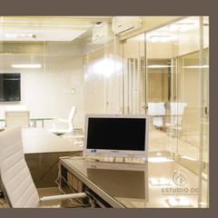 Estudio Jurídico Torres & Torres: Oficinas y Tiendas de estilo  por DIAZ GUERRA ESTUDIO,Moderno