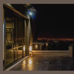 Estudio Jurídico Torres & Torres: Edificios de Oficinas de estilo  por DIAZ GUERRA ESTUDIO,Moderno