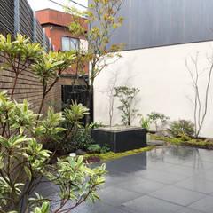 Garden by tamiakinaoki / タミアキ造園, Eclectic