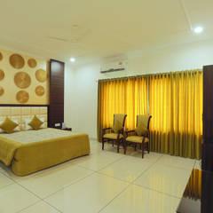 Hoteles de estilo minimalista de H S AHUJA & ASSOCIATES Minimalista Contrachapado
