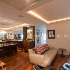 Decoração Residência - Ambientes Integrados Salas de estar ecléticas por NEUSA MORO Eclético