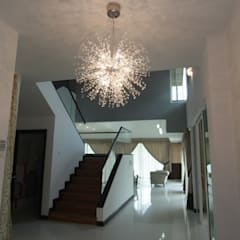 INTERIOR DESIGN FIT-OUT WORKS AT SETIA ECO PARK, SETIA ALAM, SELANGOR:  Stairs by eL precio, Asian