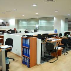 Офисы и магазины в . Автор – SERPİCİ's Mimarlık ve İç Mimarlık Architecture and INTERIOR DESIGN, Модерн ДПК