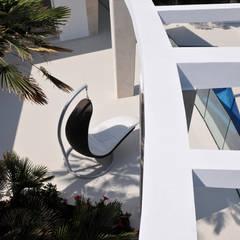 Casas unifamiliares de estilo  por ESTUDI 353 ARQUITECTES SLPU, Mediterráneo