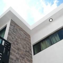 Kleine huizen door JACH Arquitectos, Minimalistisch Stenen