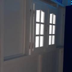 Salon minimaliste par lifestyle_interiordesign Minimaliste