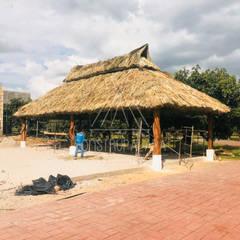 por Construpalapa Tropical Madeira Acabamento em madeira