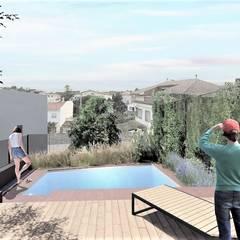 Kolam renang halaman oleh enric rojo arquitectura, Mediteran Chipboard