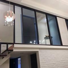 Stairs by 雅和室內設計, Scandinavian