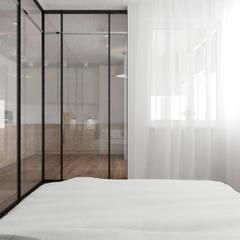 Small bedroom by Яна Сахаревич, Minimalist Glass