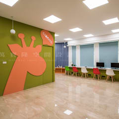 Ruang Kerja oleh SING萬寶隆空間設計, Skandinavia