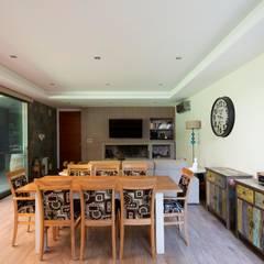 Casa Parque Leloir Comedores modernos de Carbone Arquitectos Moderno