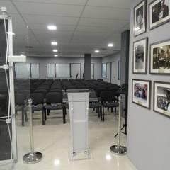 EDIFICIO DE OFICINAS EN MADRID Edificios de oficinas de estilo moderno de CARLOS MARIA ORTEGA INTERIORISMO Moderno