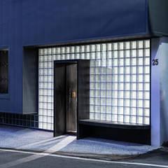 منزل عائلي صغير تنفيذ 漢玥室內設計 , أسيوي زجاج