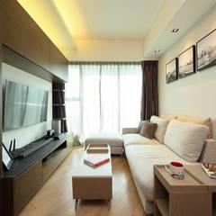 海桃灣 Modern living room by Inspire Design Ltd Modern Wood Wood effect
