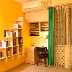de Anisha Deb (Freelance Interior Designer) Clásico Contrachapado