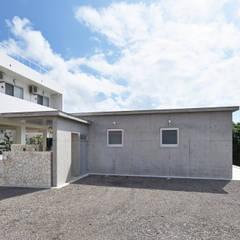 16坪の小さな家 の プラソ建築設計事務所 モダン