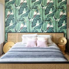 Artist's Craftland Modern style bedroom by Lot Architects Ltd Modern