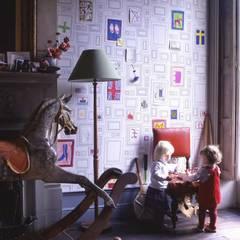 Eclectic style walls & floors by Carta da parati degli anni 70 Eclectic