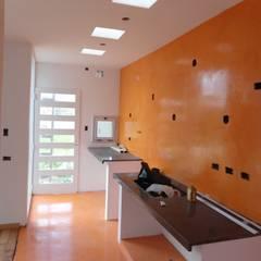 Vivienda Unifamiliar en Villa Elisa de Mc Govern estudio de arquitectura Moderno Concreto reforzado