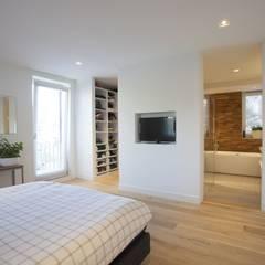 Kavel 52 Oranjeburgh, Schiedam Moderne slaapkamers van Thijssen Verheijden Architecture & Management Modern Massief hout Bont