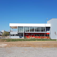 Oficinas Quimica Harting de DDIS Arquitectos Moderno Aluminio/Cinc