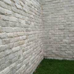 توسط W e R Pedras Decorativas راستیک (روستایی) سنگ