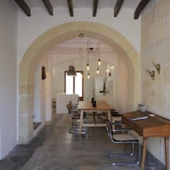 Mediterranean style dining room by stanke interiordesign Mediterranean