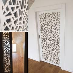 por Ottagono+Rechsteiner Interior AG Moderno