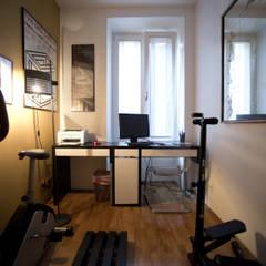 CASA IN VIA LUNIGIANA Palestra in stile moderno di Altro_Studio Moderno