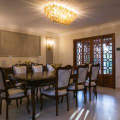 Residencia Atemporal e Luxuosa Salas de jantar ecléticas por Élcio Bianchini Projetos Eclético