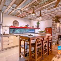 A Casa Suspensa Cozinhas campestres por Casa Container Marilia - Arquitetura em Container Campestre