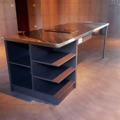 من 微.櫥設計/We.Design Kitchen صناعي