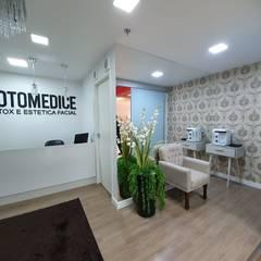 Clínicas y consultorios médicos de estilo minimalista de Monteiro arquitetura e interiores Minimalista