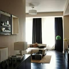 Minimalist corridor, hallway & stairs by Orel Andre Minimalist